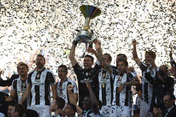 イタリアサッカー界史上初の6連覇達成!